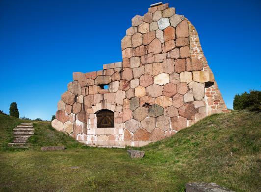 Fästningsruinerna i Bomarsund, bild från Visit Åland/Tiina Tahvanainen
