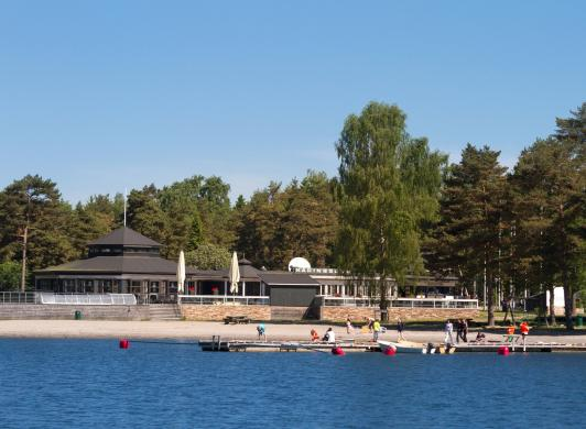 Käringsund Resort & Conference från havet