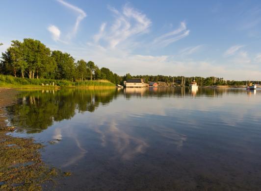Sommarkväll vid Käringsund
